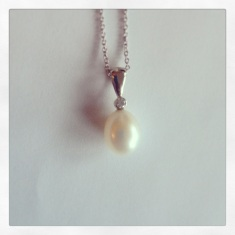 14k White Gold with Diamond and Freshwater Pearl Pendant